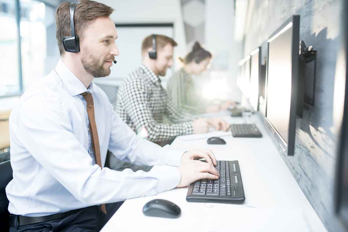 Customer Service with Servicetonic Help Desk Software